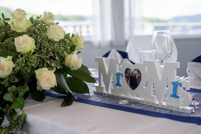 Hochzeit am Schiff Tischdekoration Wachau