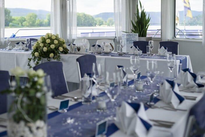 Hochzeit am Schiff Tischdekoration