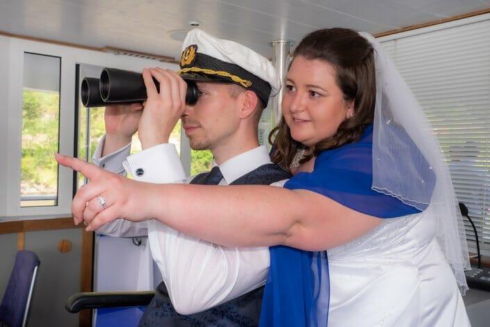 Hochzeit am Schiff Brautpaar Wachau