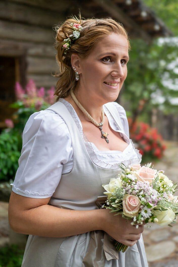 Hochzeit Braut Porträt Kittenberger Erlebnisgärten Schiltern