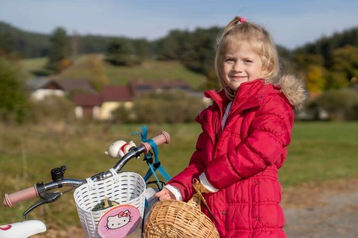 portrait photography child in autumn