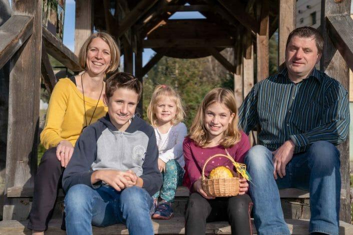 family portrait in autumn in Austria